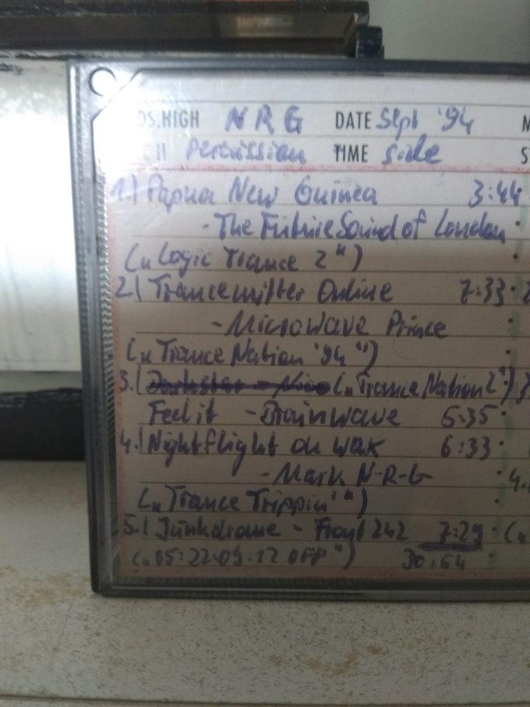 1 Song, 3 Kommentare: Front 242 – Junkdrome